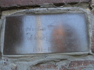QuentinCompsonPlaque